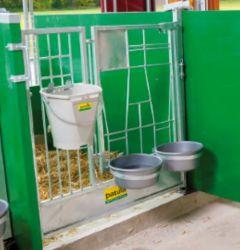 Deur (2 delen) met grendel voor de groene Patura kalverbox
